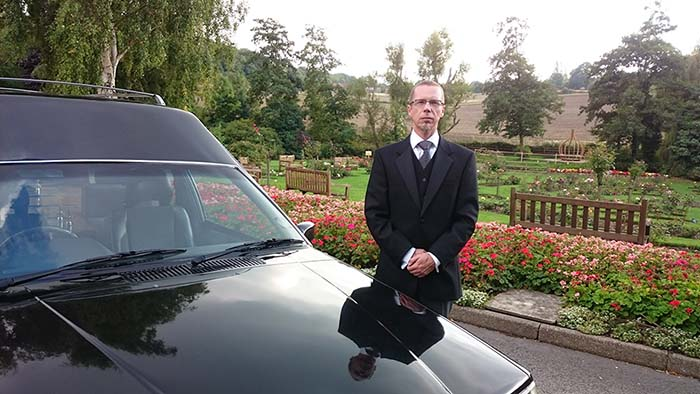 Image of Simon from Trust Funerals at a cremation without ceremony at Chesterfield Crematorium.