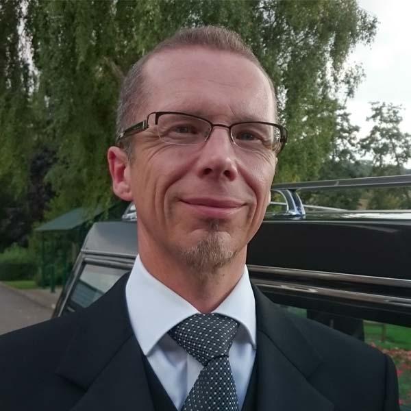 Simon Iredale